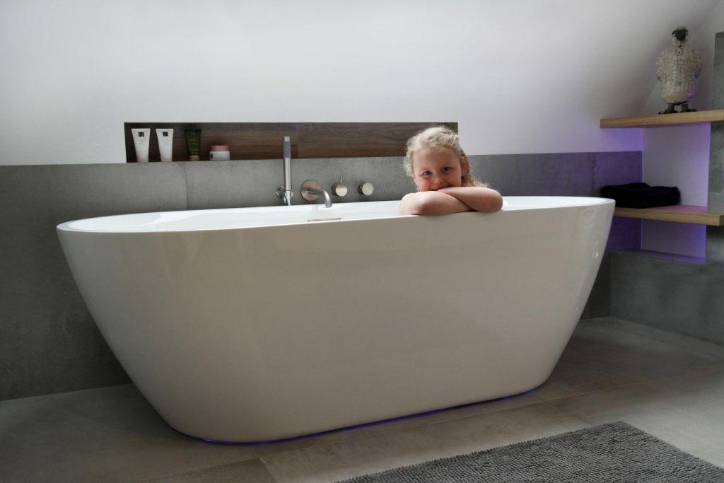 Badkamer Gezellig Maken : Badkamer en renovatie renototaal